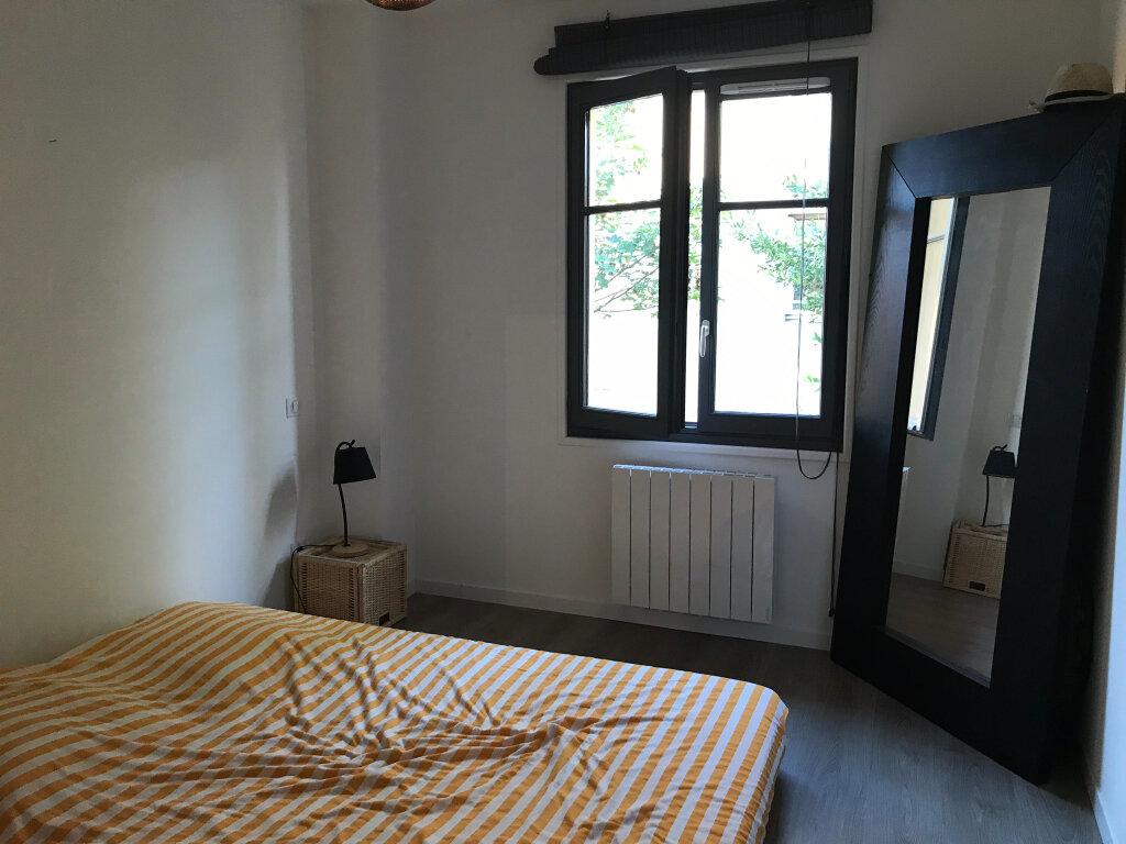 Appartement à louer 3 73.49m2 à Neuville-sur-Saône vignette-8