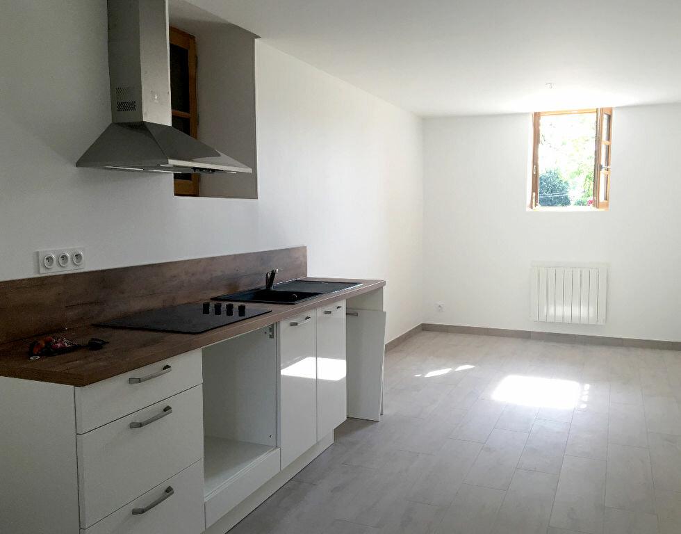 Maison à louer 3 56.87m2 à Arnas vignette-2