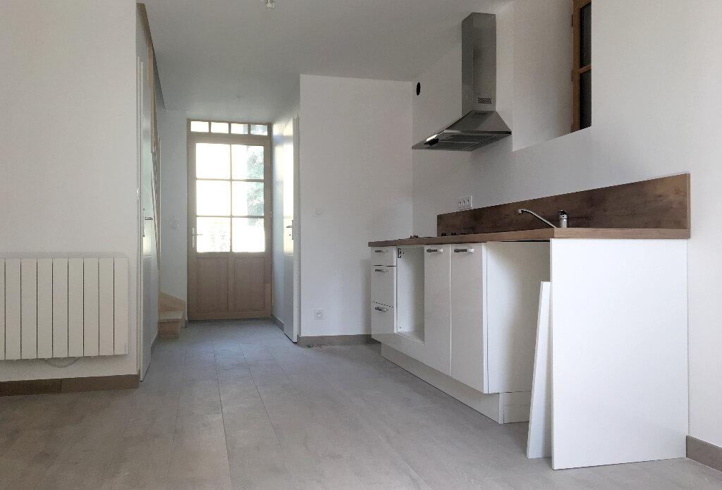 Maison à louer 3 56.87m2 à Arnas vignette-3