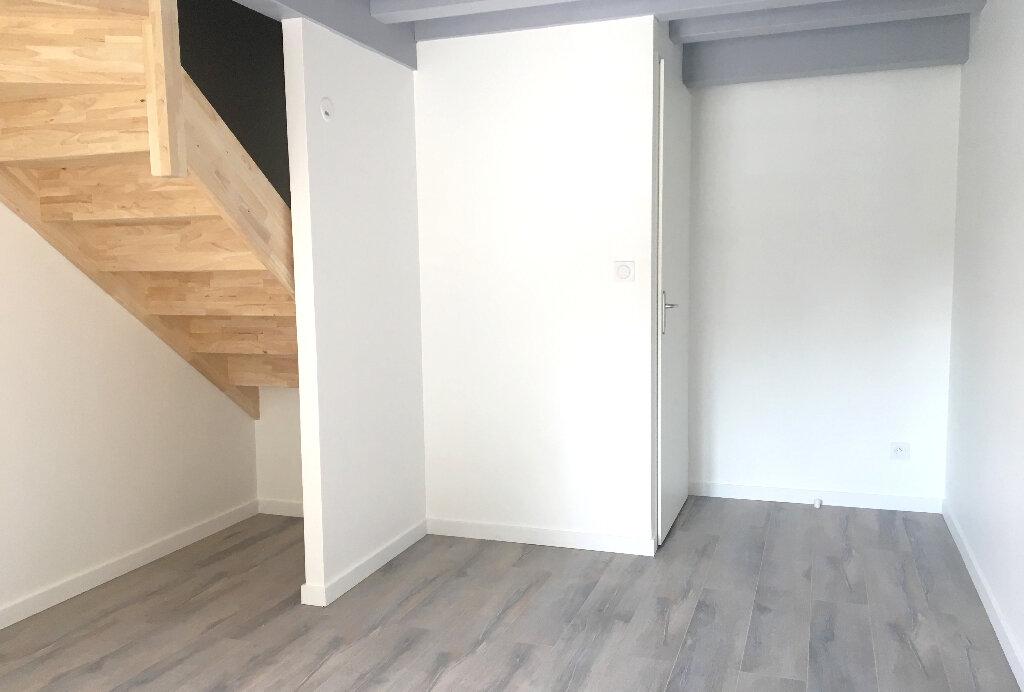 Maison à louer 3 56.87m2 à Arnas vignette-4