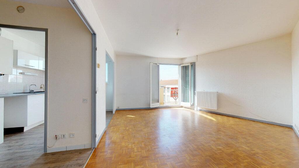 Appartement à louer 2 48.41m2 à Neuville-sur-Saône vignette-5