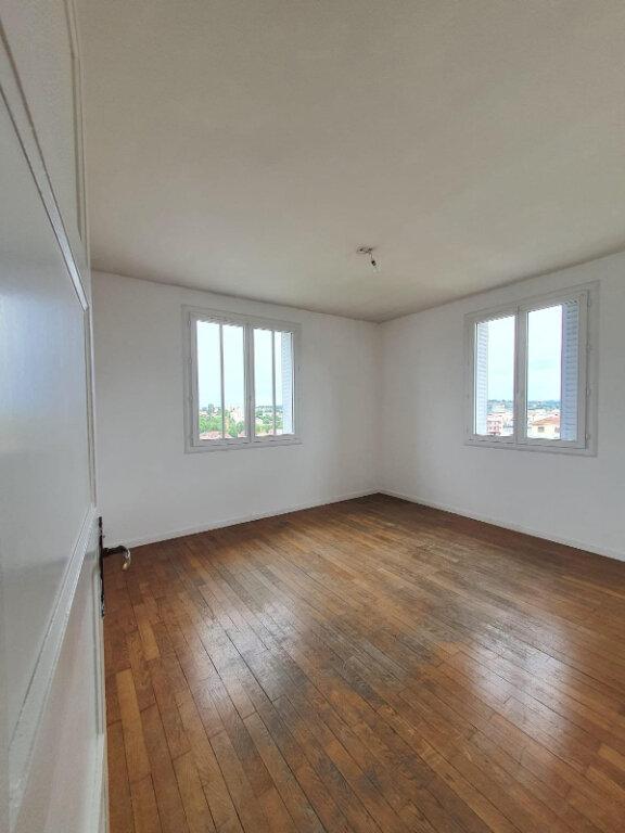 Appartement à louer 3 62m2 à Villefranche-sur-Saône vignette-4