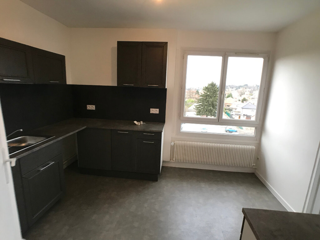 Appartement à louer 3 69.93m2 à Villefranche-sur-Saône vignette-3