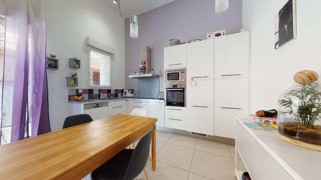 Appartement à vendre 4 87m2 à Villefranche-sur-Saône vignette-3