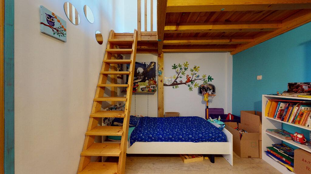Appartement à vendre 4 87m2 à Villefranche-sur-Saône vignette-6
