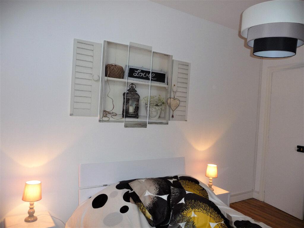 Appartement à louer 2 40m2 à Reims vignette-10