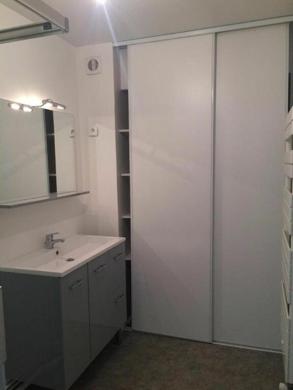 Appartement à louer 3 70m2 à Reims vignette-6