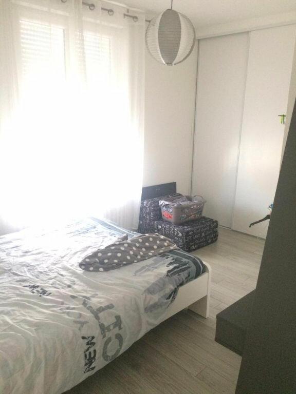Appartement à louer 3 70m2 à Reims vignette-10