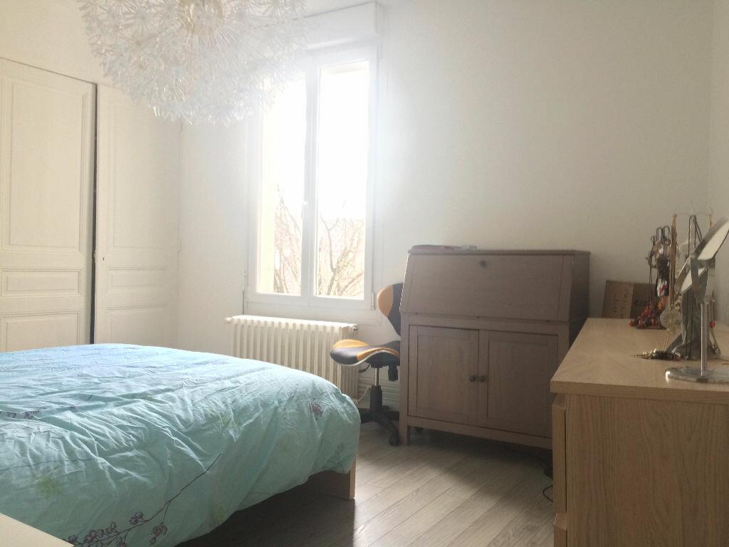 Appartement à louer 3 70m2 à Reims vignette-11
