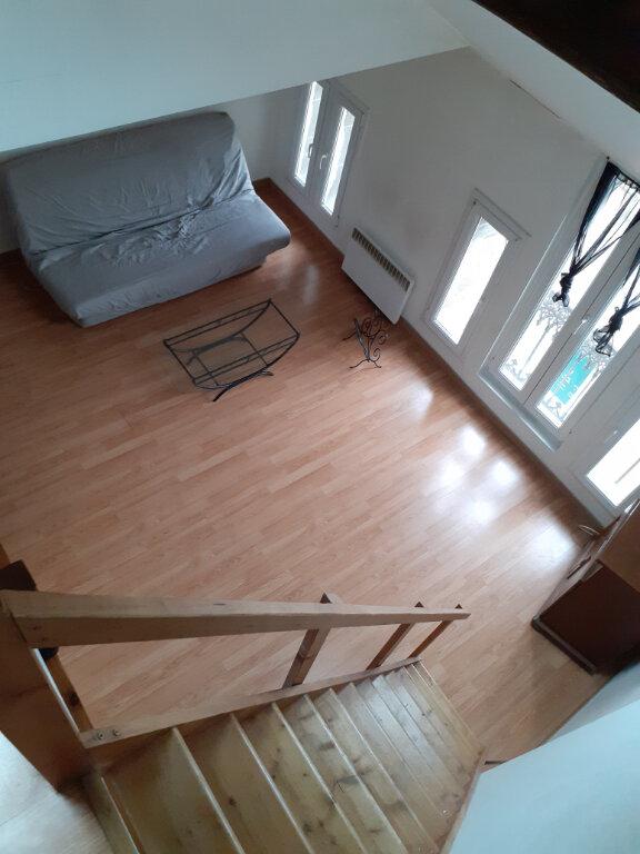 Appartement à louer 2 41m2 à Reims vignette-6