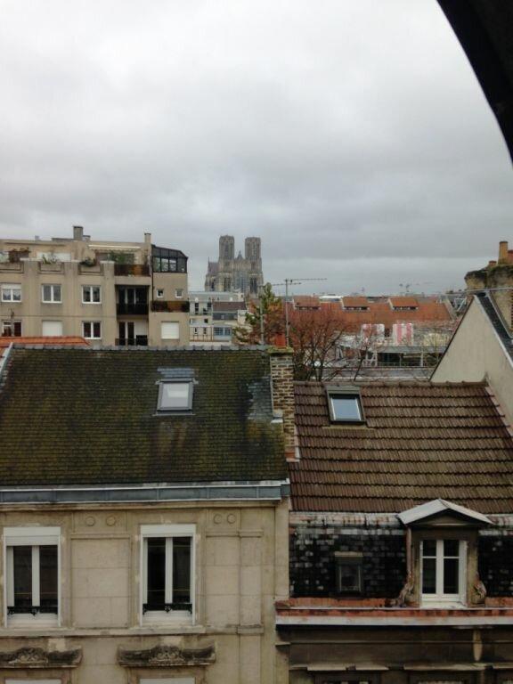 Appartement à louer 2 41m2 à Reims vignette-12