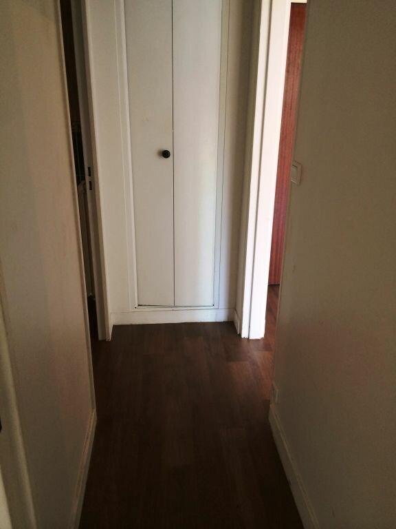 Appartement à louer 2 50m2 à Reims vignette-11