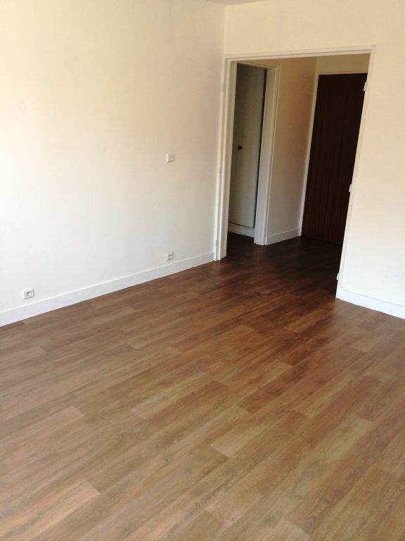 Appartement à louer 2 50m2 à Reims vignette-13