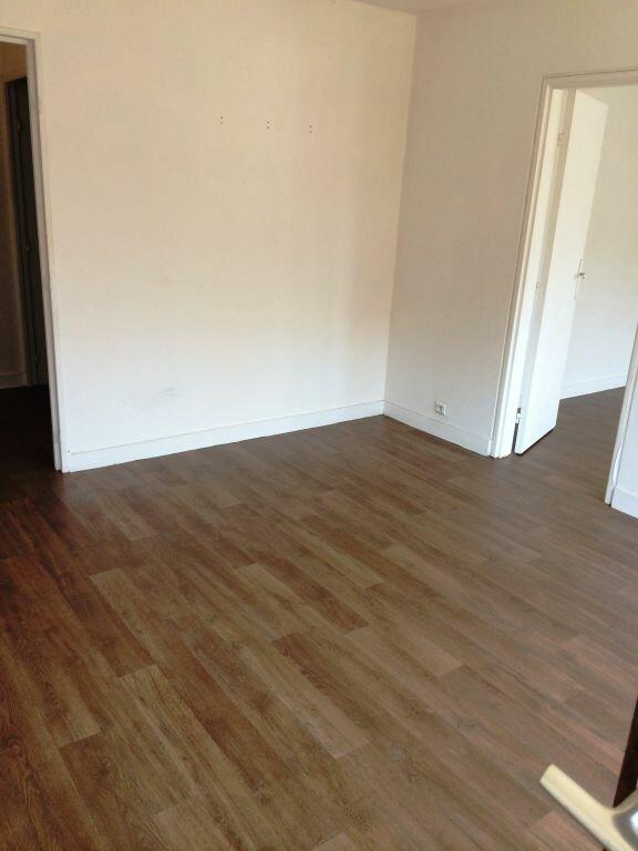 Appartement à louer 2 50m2 à Reims vignette-14