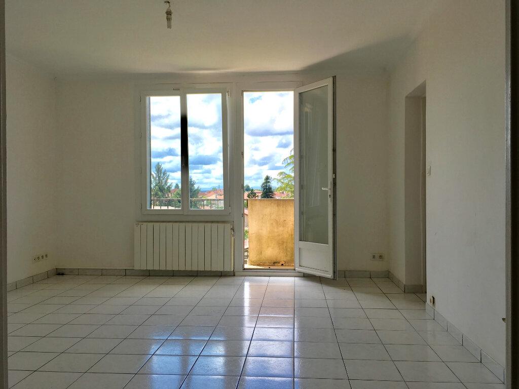 Appartement à louer 4 69.3m2 à Saint-Vincent-de-Tyrosse vignette-1