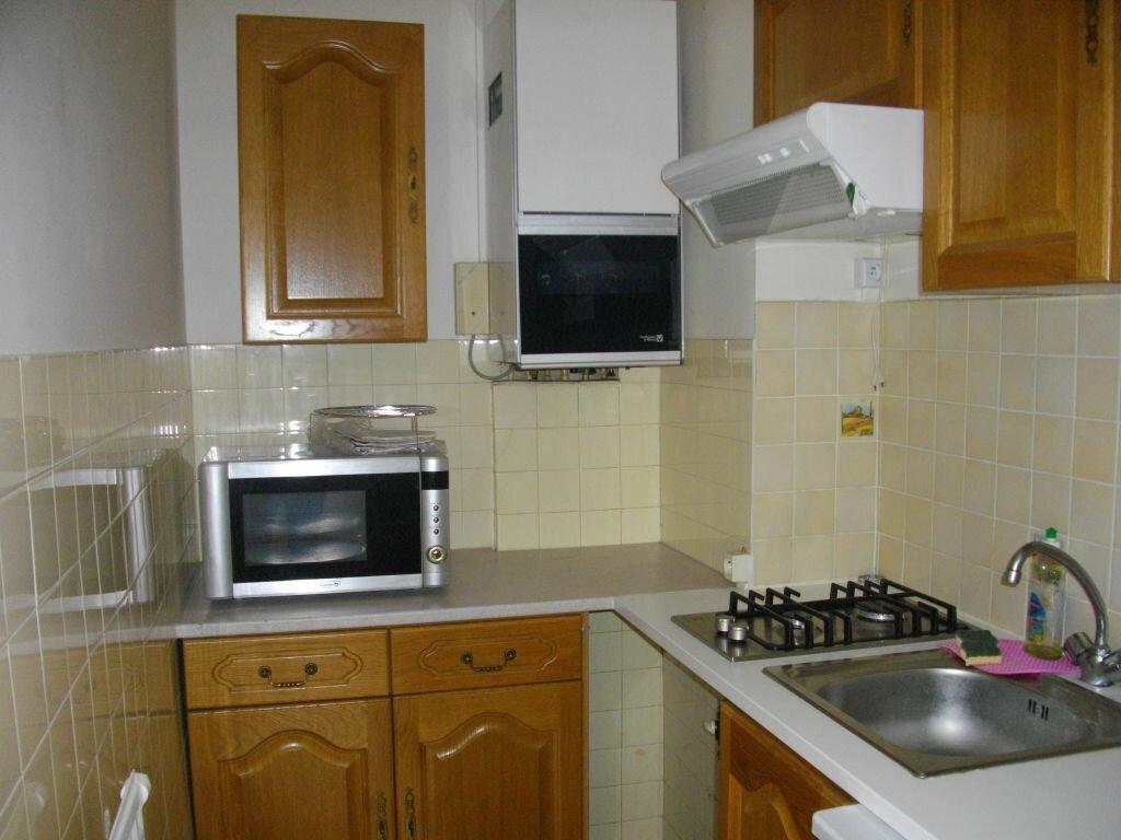 Appartement à louer 1 25.61m2 à Bourges vignette-3