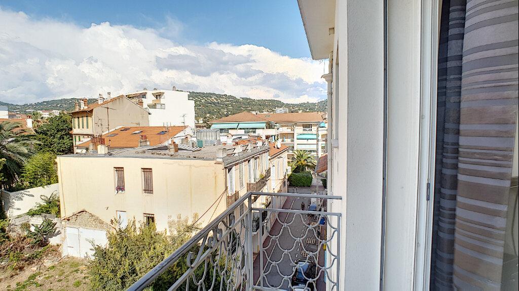 Appartement à vendre 3 68m2 à Cannes vignette-6