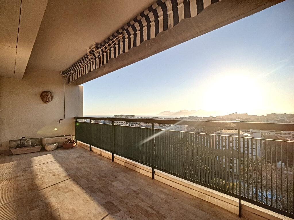 Appartement à vendre 3 87m2 à Cannes vignette-4