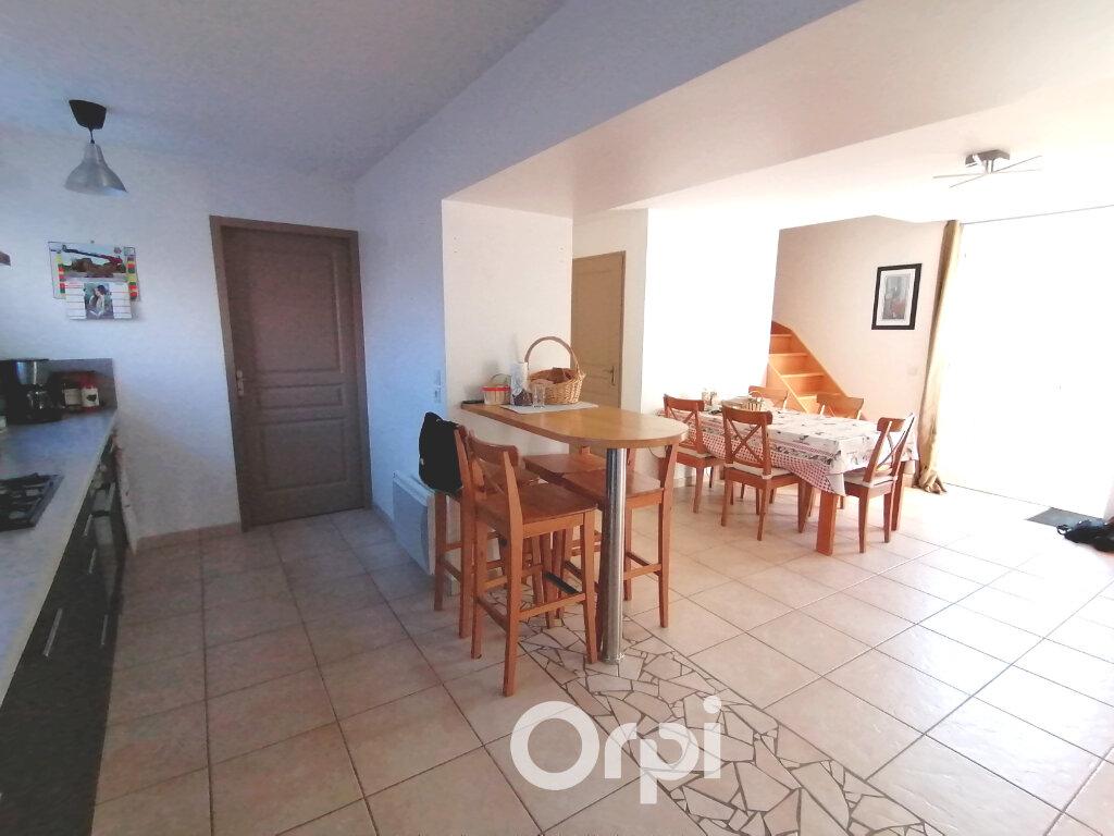 Appartement à louer 3 81.43m2 à Sérézin-de-la-Tour vignette-3