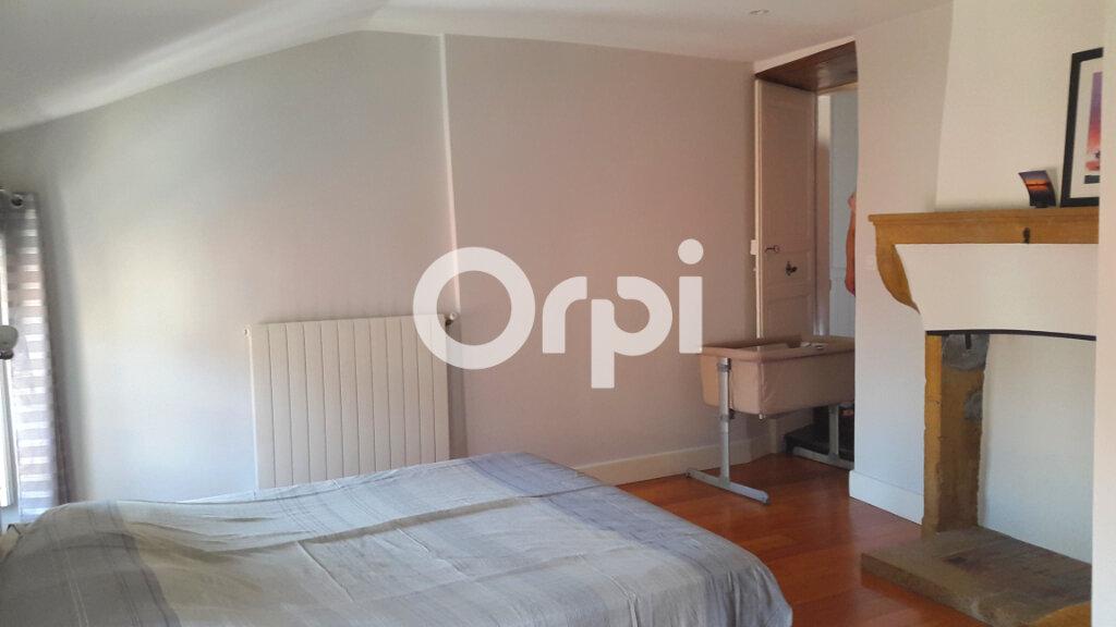 Appartement à louer 4 114.61m2 à Bourgoin-Jallieu vignette-5