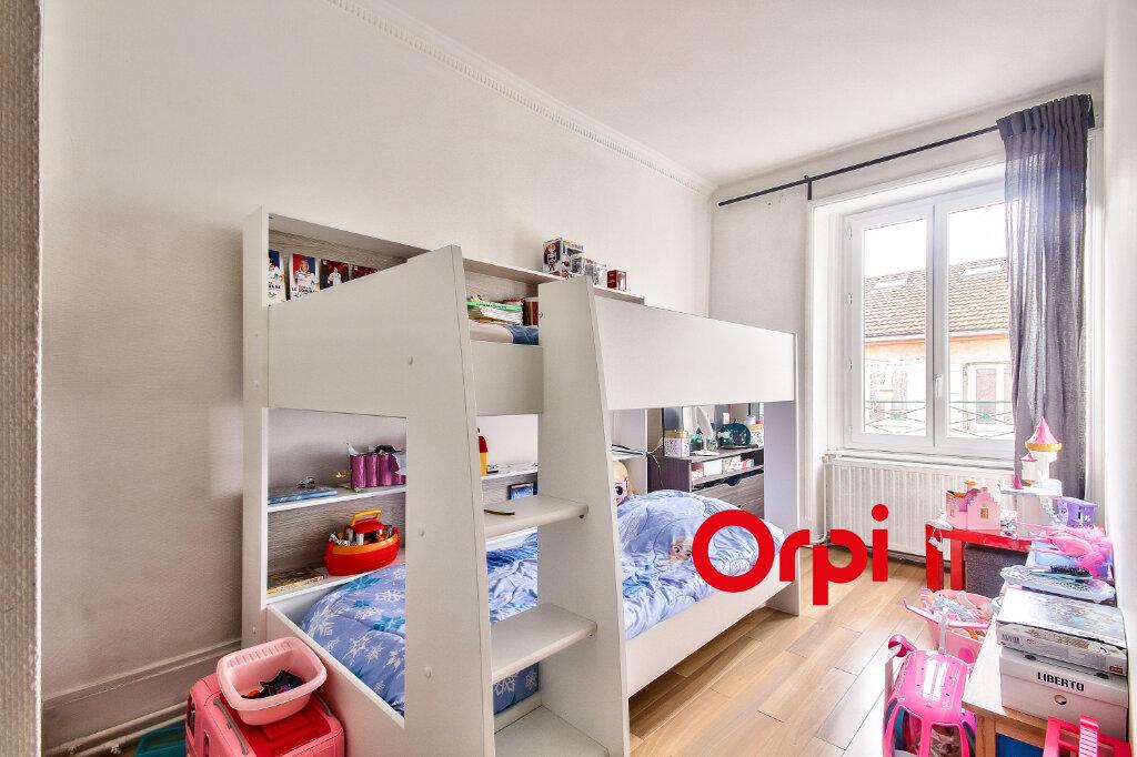 Appartement à vendre 3 68.3m2 à Bourgoin-Jallieu vignette-6