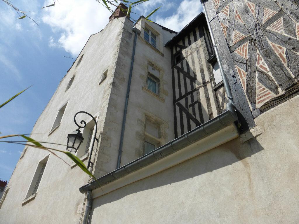 Appartement à louer 1 19m2 à Orléans vignette-3
