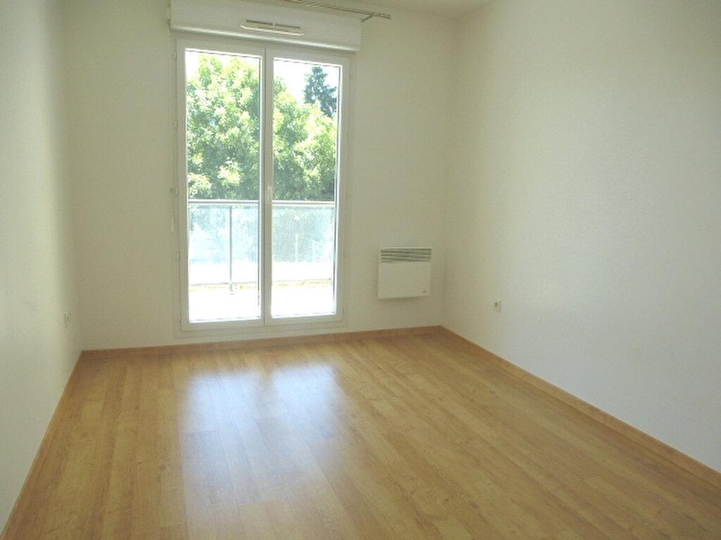 Appartement à louer 2 47m2 à Saint-Jean-de-Braye vignette-6