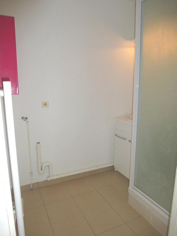 Appartement à louer 2 47m2 à Saint-Jean-de-Braye vignette-8