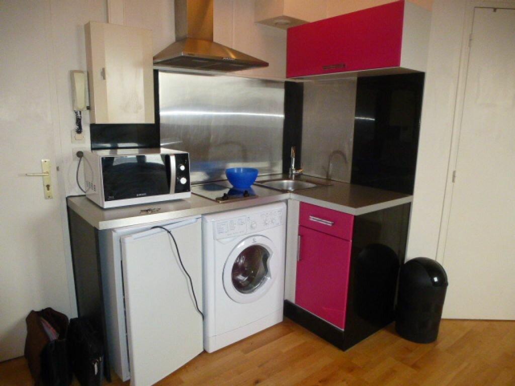 Appartement à louer 2 24.19m2 à Orléans vignette-2