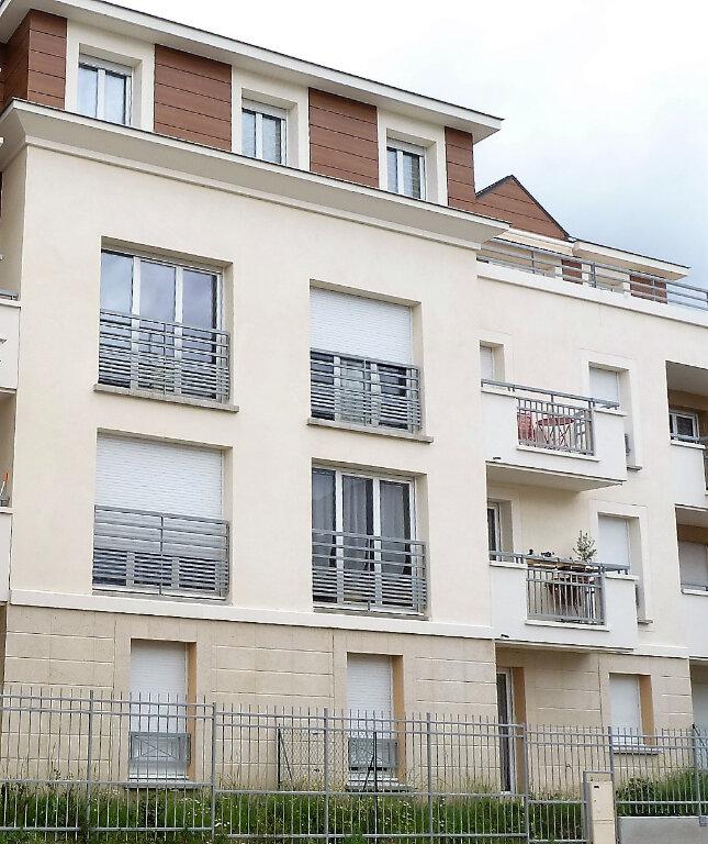 Appartement à louer 2 45.65m2 à Orléans vignette-1
