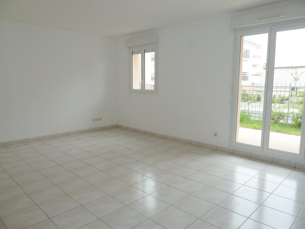 Appartement à louer 2 45.65m2 à Orléans vignette-3