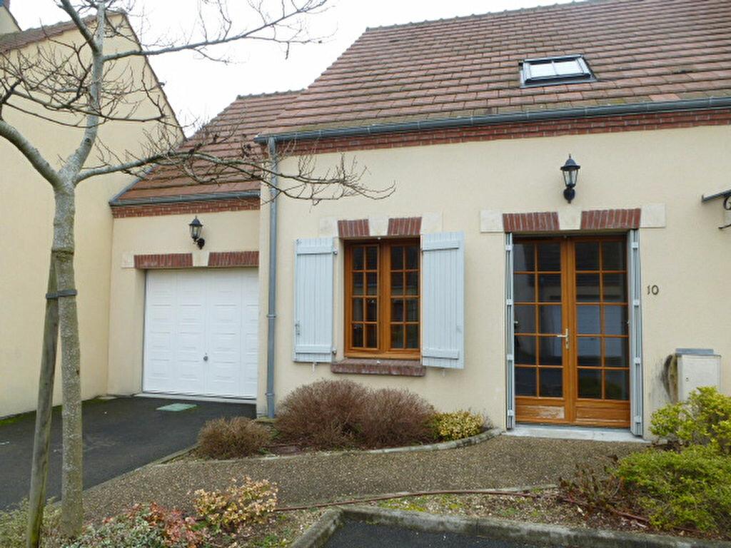 Maison à louer 4 75m2 à Lamotte-Beuvron vignette-1