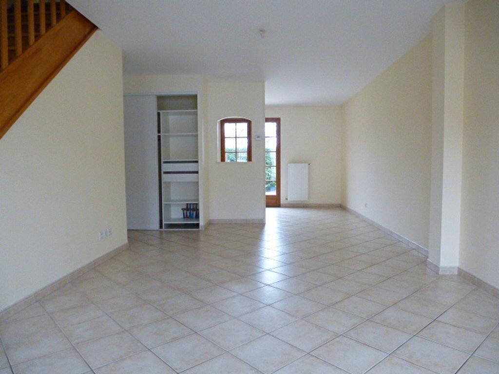Maison à louer 4 75m2 à Lamotte-Beuvron vignette-4
