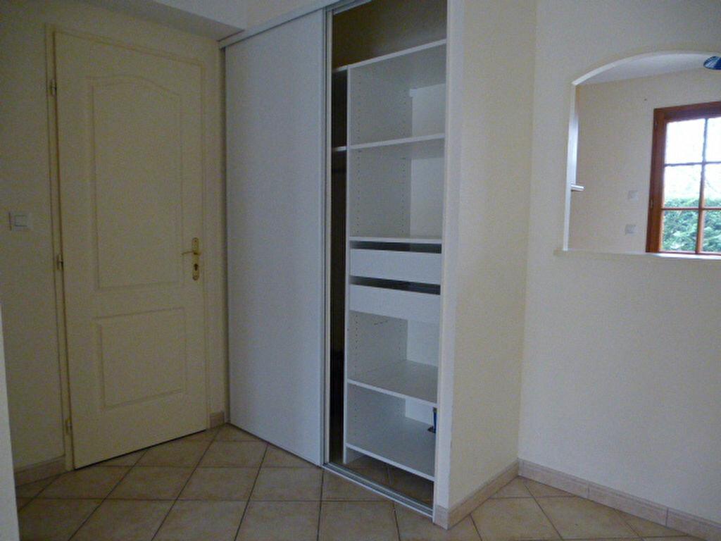 Maison à louer 4 75m2 à Lamotte-Beuvron vignette-5