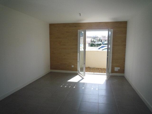Appartement à louer 3 61.45m2 à Léon vignette-2