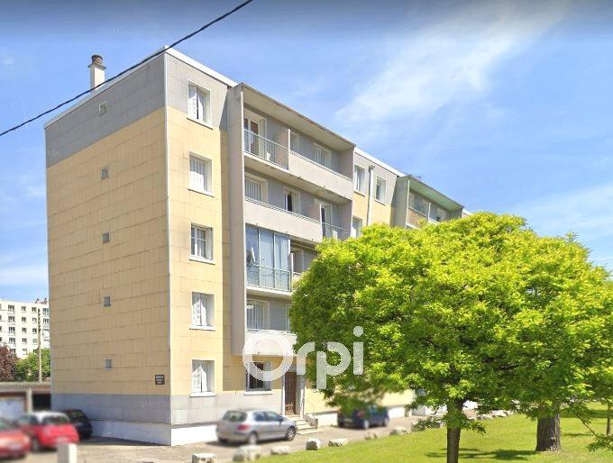 Appartement à louer 3 52.74m2 à Bourgoin-Jallieu vignette-1
