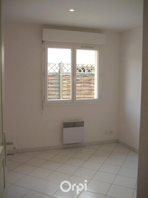 Appartement à louer 4 87.2m2 à Bourgoin-Jallieu vignette-4