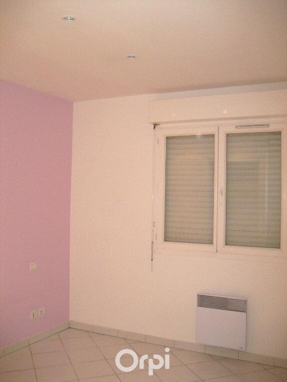 Appartement à louer 4 87.2m2 à Bourgoin-Jallieu vignette-7