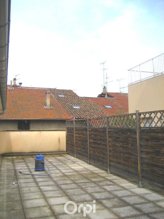 Appartement à louer 4 87.2m2 à Bourgoin-Jallieu vignette-9
