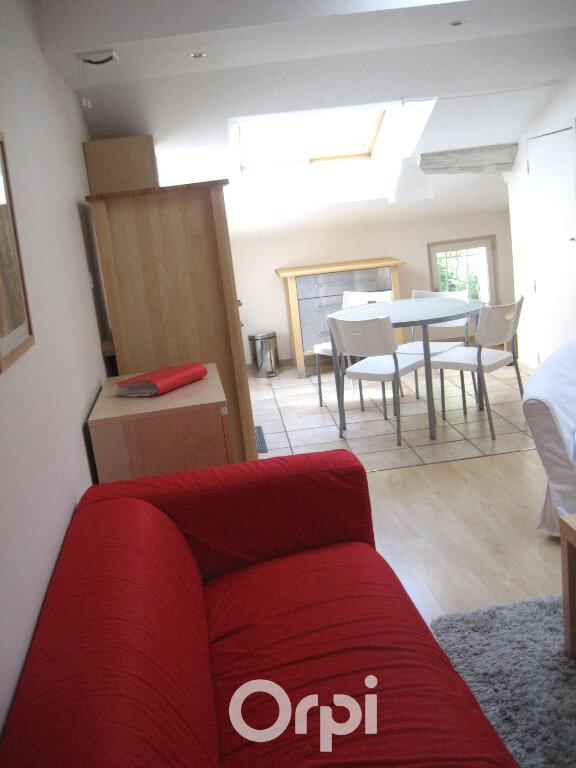 Appartement à louer 3 48.8m2 à Bourgoin-Jallieu vignette-4