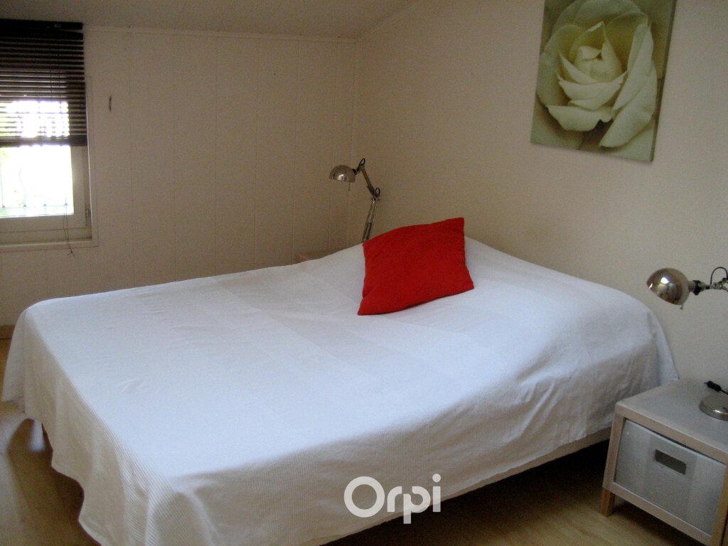 Appartement à louer 3 48.8m2 à Bourgoin-Jallieu vignette-6