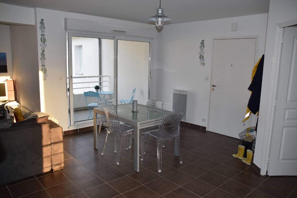 Appartement à vendre 3 70.7m2 à Batz-sur-Mer vignette-9