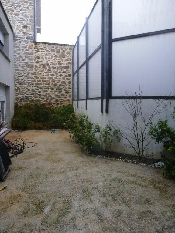 Appartement à louer 6 182.24m2 à Limoges vignette-12