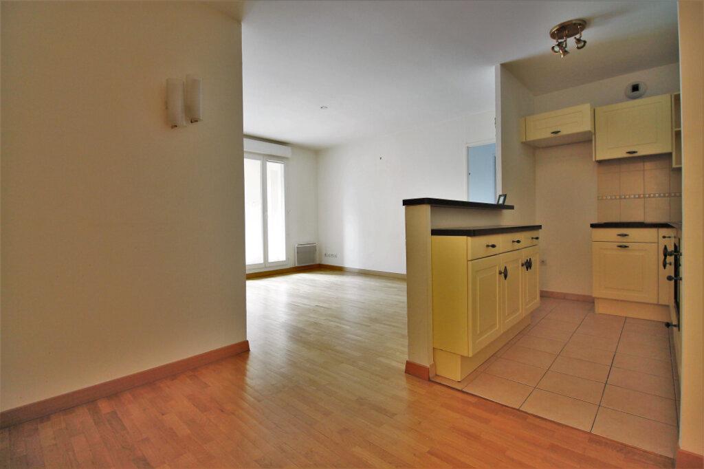 Appartement à vendre 3 59.2m2 à Chambourcy vignette-1