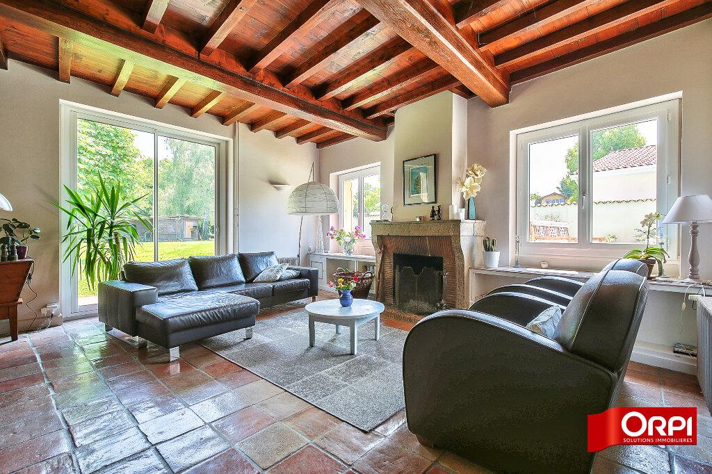 Maison à vendre 10 213m2 à Bressolles vignette-3