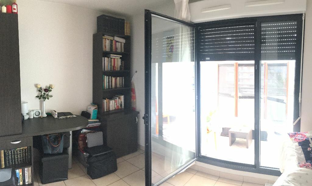 Appartement à vendre 1 18m2 à Lyon 3 vignette-1