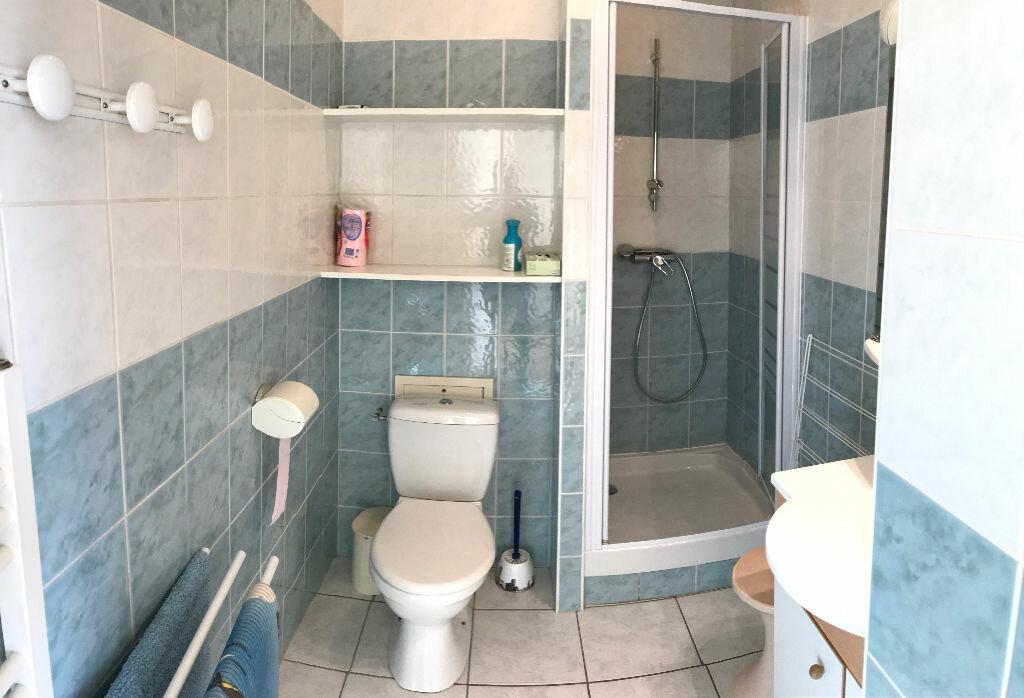 Appartement à vendre 2 33m2 à Vichy vignette-5