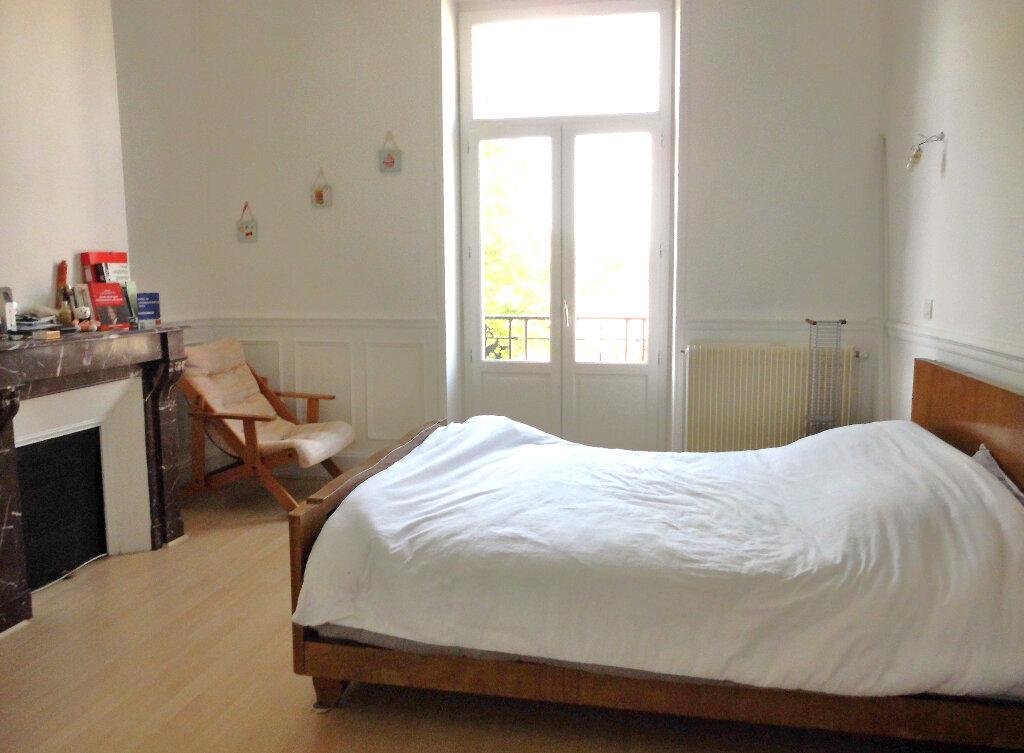 Appartement à vendre 4 102m2 à Vichy vignette-4