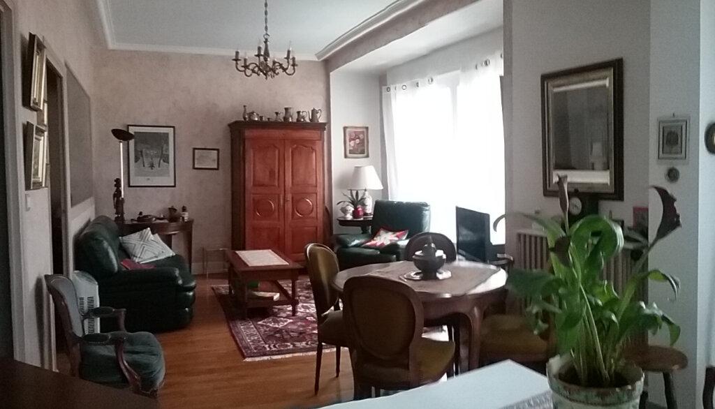 Appartement à vendre 2 56m2 à Vichy vignette-2