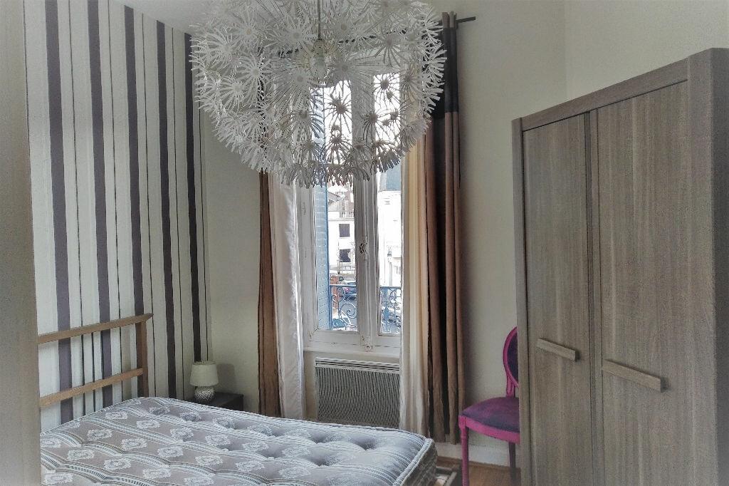 Appartement à louer 2 47m2 à Vichy vignette-4